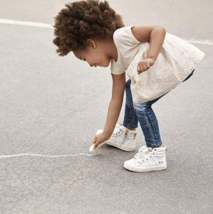 Extra 40% Off Today Only! Kids and Baby Apparel Sale @ Gap.com