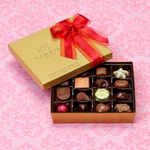 Assorted Chocolate Gold Gift Box, Valentine's Day Ribbon, 19 pc. | GODIVA