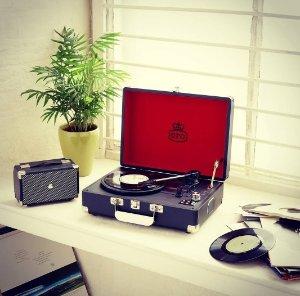 £55.00(reg. £89.95)GPO RETRO Attache Briefcase Style Three-Speed Portable Vinyl Turanable W/ Free Usb Stick & Built-in Speakers