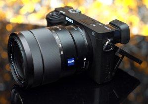 $1898(原价$1998)Sony Alpha a6300 + Vario-Tessar 16-70mm F4 镜头 + $100GC