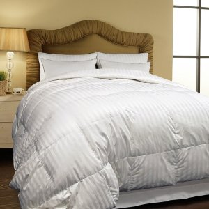 Hotel Grand Oversized 500 Thread Count All-season Siberian White Down Comforter - 11575231 - Overstock.com Shopping - Great Deals on Hotel Grand Down Comforters