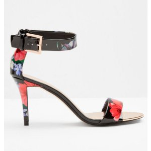 Ankle strap leather sandals - Black Patent
