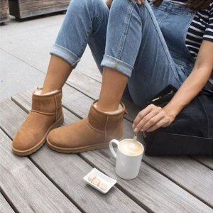 Up to 62% Off UGG Classic @ The Walking Company
