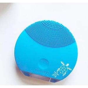 LUNA mini 2 Sonic Face Brush for All Skin Types | FOREO