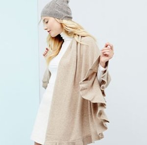 Up to 71% Off Luxe Cashmere Accessories @ Hautelook