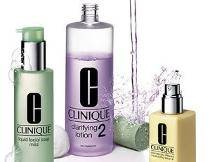 Up to free 7-pc Gift Set with Clinique Purchase of $50 @ Bloomingdales