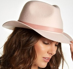 Up to 68% OffTop It Off: Chic Fedoras & More @ Hautelook