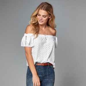 Up to 30% Off Shoulder-Off Clothes @ Abercrombie & Fitch