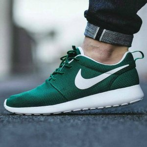 $71.97 NIKE ROSHE ONE MEN'S SHOE On Sale @ Nike Store