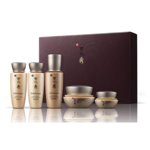 Sulwhasoo Yours with any $350 Sulwhasoo purchase*