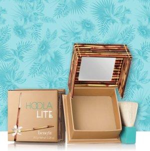 $29hoola lite matte bronzer @ Benefit Cosmetics