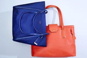 Up to 49% Off Tumi Handbags @ Hautelook