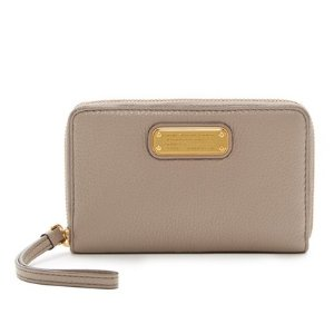 Marc by Marc Jacobs New Q Wingman Small Leather Wristlet