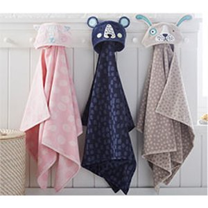 Girl & Boy Bath Towels & Accessories | Pottery Barn Kids