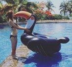 $49(原价$70) SunnyLife 黑色犀鸟双人泳池充气床