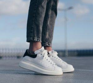 Dealmoon Exclusive! 10% OffAlexander McQueen Sneakers @ Luisaviaroma