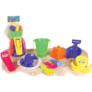$3.99 Sizzlin' Cool 11-Piece Beach and Garden Set