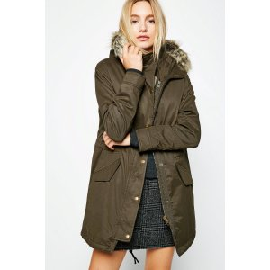 BEECHINGSTOKE SHERPA LINED PARKA | JackWills US