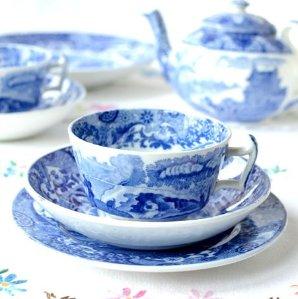 $58.87 Spode Blue Italian Teacup and Saucer, Set of 4