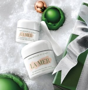 Extra 10% Off + One Free Samples with Any La Mer Purchase @ Saks Fifth Avenue