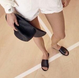 Extra 30% OffSale Slide Sandals @ Madewell