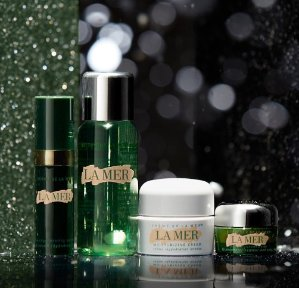 Earn Up to a $700 Gift Cardwith La Mer Purchase @ Saks Fifth Avenue