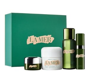 Receive a luxury size sample of The Treatment Lotionwith Purchase on The Introductory Collection over $250 @ La Mer