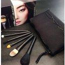 $52.5(val.$167) MAC 'Look in a Box - Basic' Brush Kit ($167 Value)