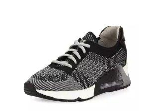 $125.3(原价$225)Ash Lucky 黑灰色厚底运动鞋