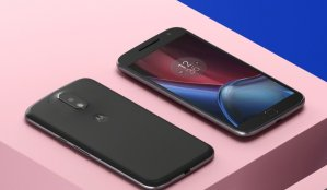 Motorola Moto G4 Plus Unlocked Smartphone 64GB  + Glass Screen Protector