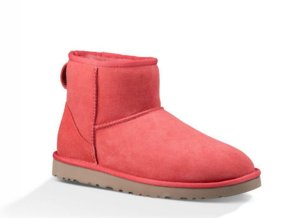 Extra 11% Off Items in UGG Closet Already Discounted Up to 70% Off @ UGG Australia