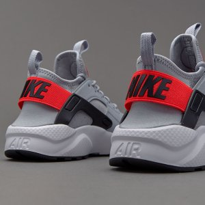 Extra 20% offBoys Shoes @ Nike Store