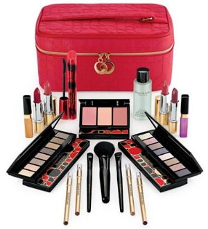 $49.5 Elizabeth Arden Bright Lights Big City Blockbuster Set  @ Lord & Taylor