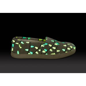Glow in the Dark Tree Lights Youth Classics | TOMS
