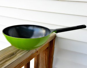 12-Inch Green Earth Wok by Ozeri, with Smooth Ceramic Non-Stick Coating (100% PTFE and PFOA Free)