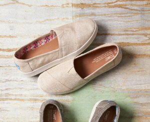 15% Off Summer Sale @TOMS
