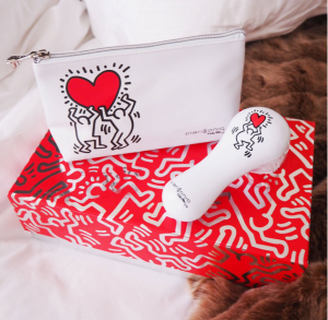 Clarisonic Keith Haring Love Holiday MIA 2 Cleansing Set