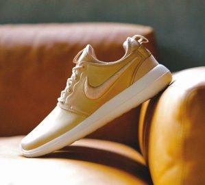 $130 NIKELAB ROSHE TWO LEATHER @ Nike Store