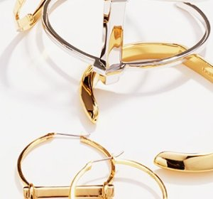 Up to 80% OffDogeared, Rebecca Minkoff & More Jewelry @ Hautelook