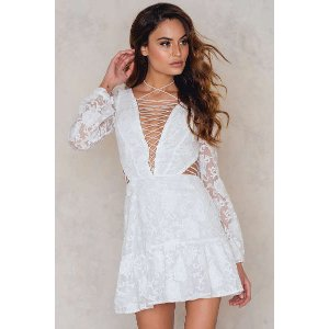 Jolene Lace-Up Dress - Buy online | NA-KD
