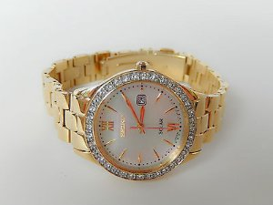 Lowest price! $118.00 Seiko Women's SUT076 Solar-Power Gold-Tone Stainless Steel Watch