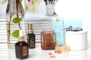 Free 9-Piece Gift With Advanced Night Repair Collections @ Estee Lauder