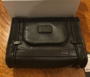 Lowest price! $135(Orig $245)Tumi Alpha 2 Hanging Leather Travel Kit