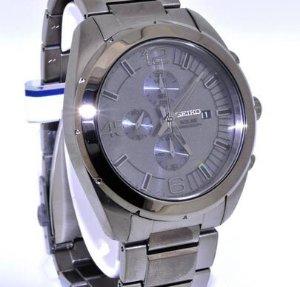 Seiko Solar Grey Dial Gunmetal Chronograph Men's Watch. SSC235