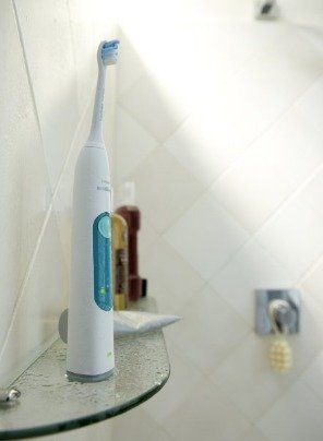 $49.95 Philips Sonicare 3 Series Gum Health Sonic Electric Rechargeable Toothbrush