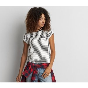 AEO SOFT & SEXY PATCH TOMGIRL T-SHIRT