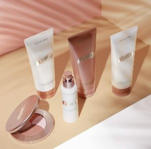 3 deluxe Sample($163.7 Value) with Any $150 Online Purchase
