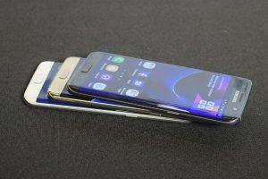 Samsung Galaxy S7 edge Duos SM-G935FD 32GB Unlocked Smartphone