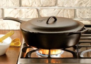 Lodge L10CF3 5 Quart Cast Iron Covered Deep Skillet