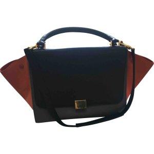 black Plain Leather CÉLINE Handbag - Vestiaire Collective